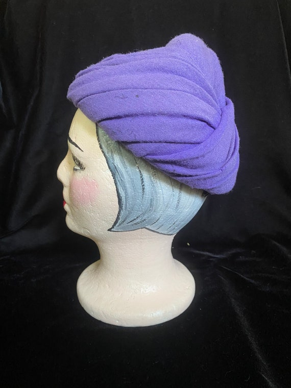 Vintage 1940's purple wrap hat, wool with combs f… - image 2