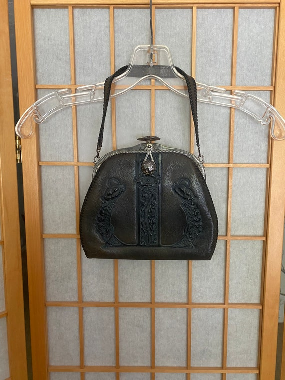 Vintage 1930's Art Deco presses leather handbag