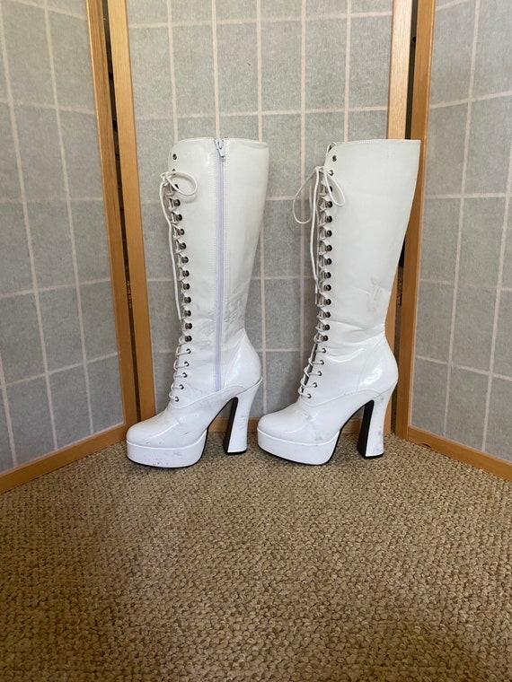 Vintage 1990's white platform lace up boots, size