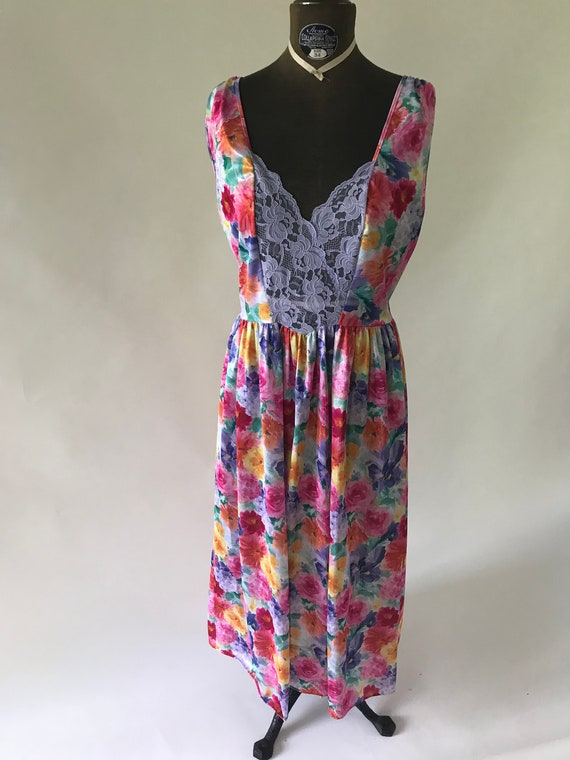 Vintage 1990s late 1980s knit bright floral print