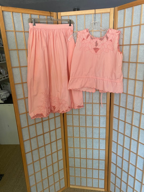 Vintage 1970's 1980's pink peach blouse and matchi
