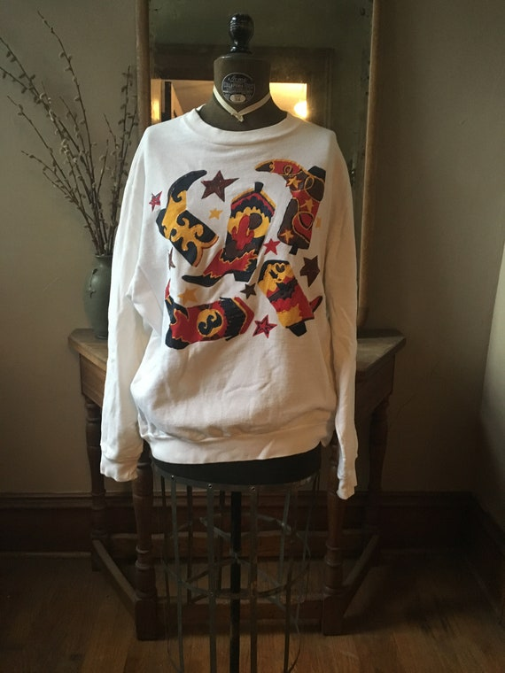 Vintage White Sweatshirt with Cowboy Boots