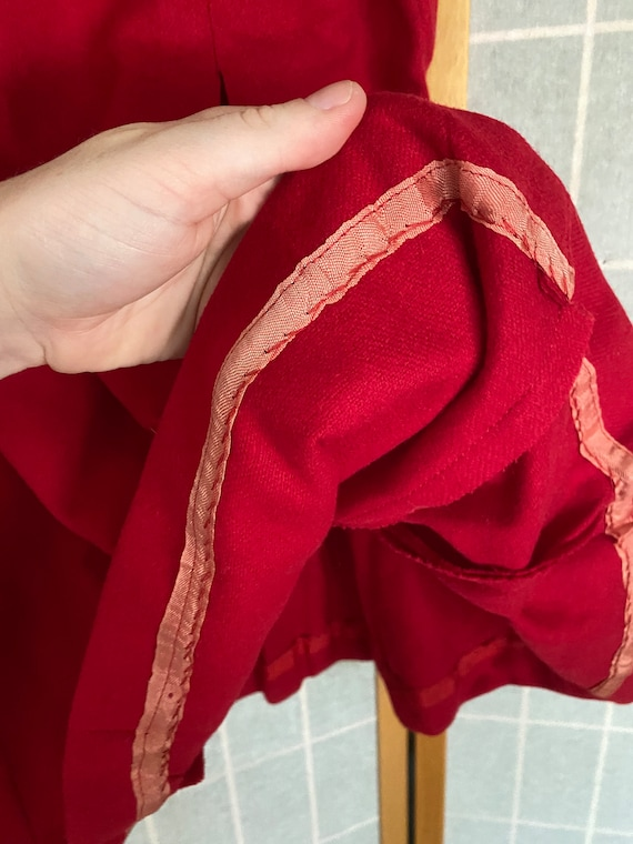 Vintage 1940's red wool pleated skirt, Banner spo… - image 7
