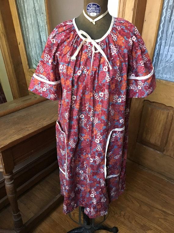 Vintage Purple Floral House Dress