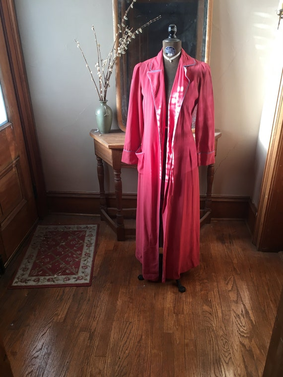 Vintage 1940's Pink Rayon Robe with Blue Piping, S