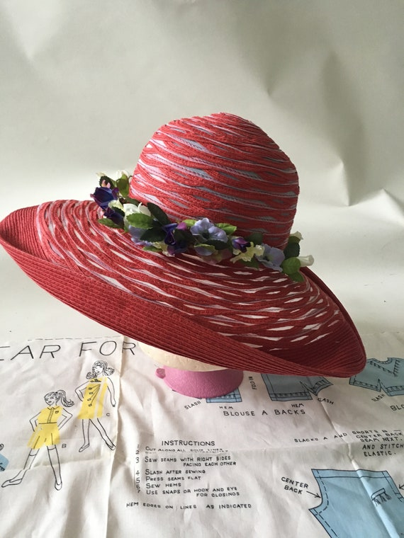 Vintage Red and Purple Wide Brim Sun Hat with Flow