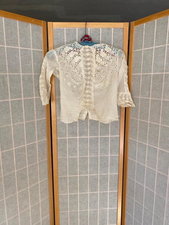 Vintage antique white cotton late 1800's eyelet la