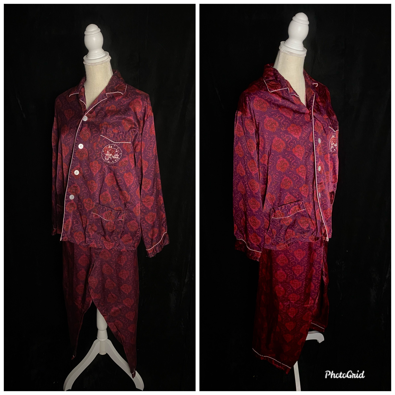 1950s Mens Hats | 50s Vintage Men's Hats Vintage 1950s Purple Red Maroon Burgundy Mens Pajama Set, Size 50, Silver Lake Chinese Pajamas $255.00 AT vintagedancer.com