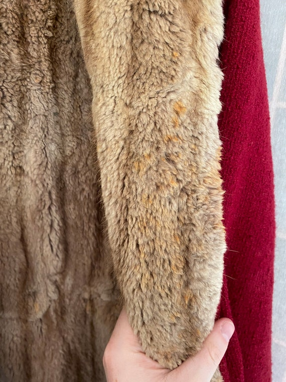 Vintage 1930's red heavy coat with real brown fur… - image 9