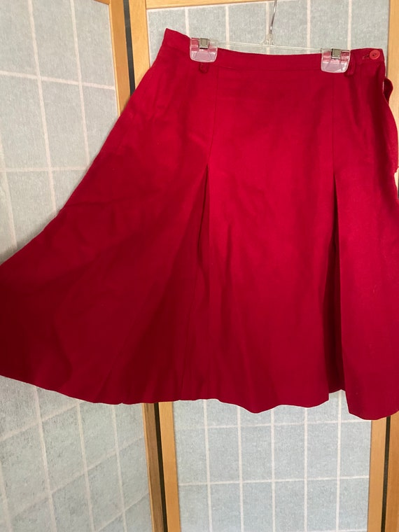 Vintage 1940's red wool pleated skirt, Banner spo… - image 2