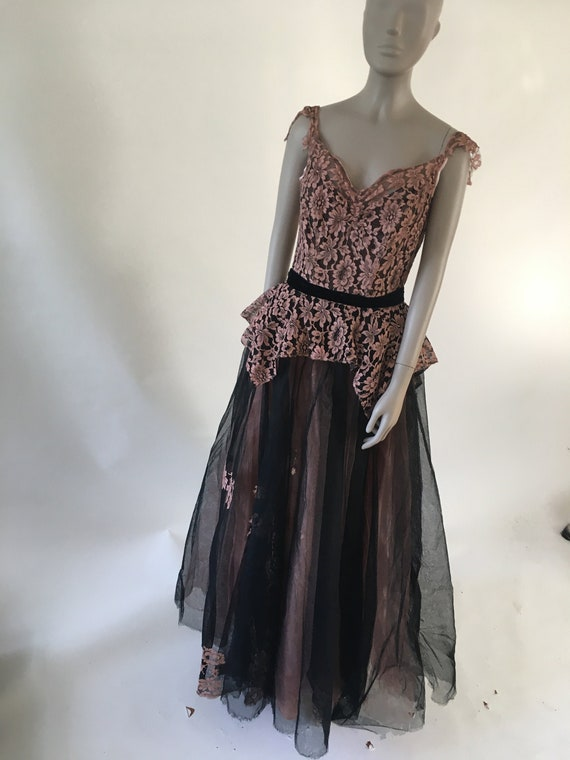 Vintage 1940's Pink and Black Lace Tulle Flower Ba