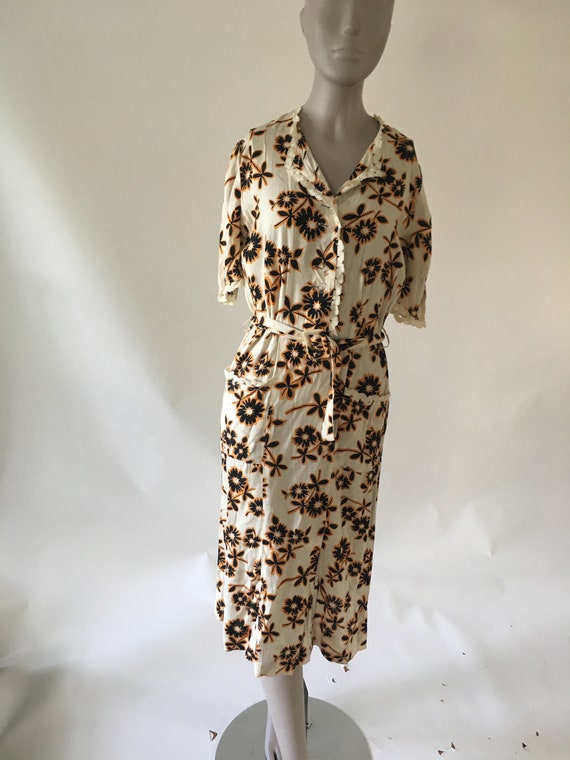 Vintage 1940's White Dress with Clear Buttons and
