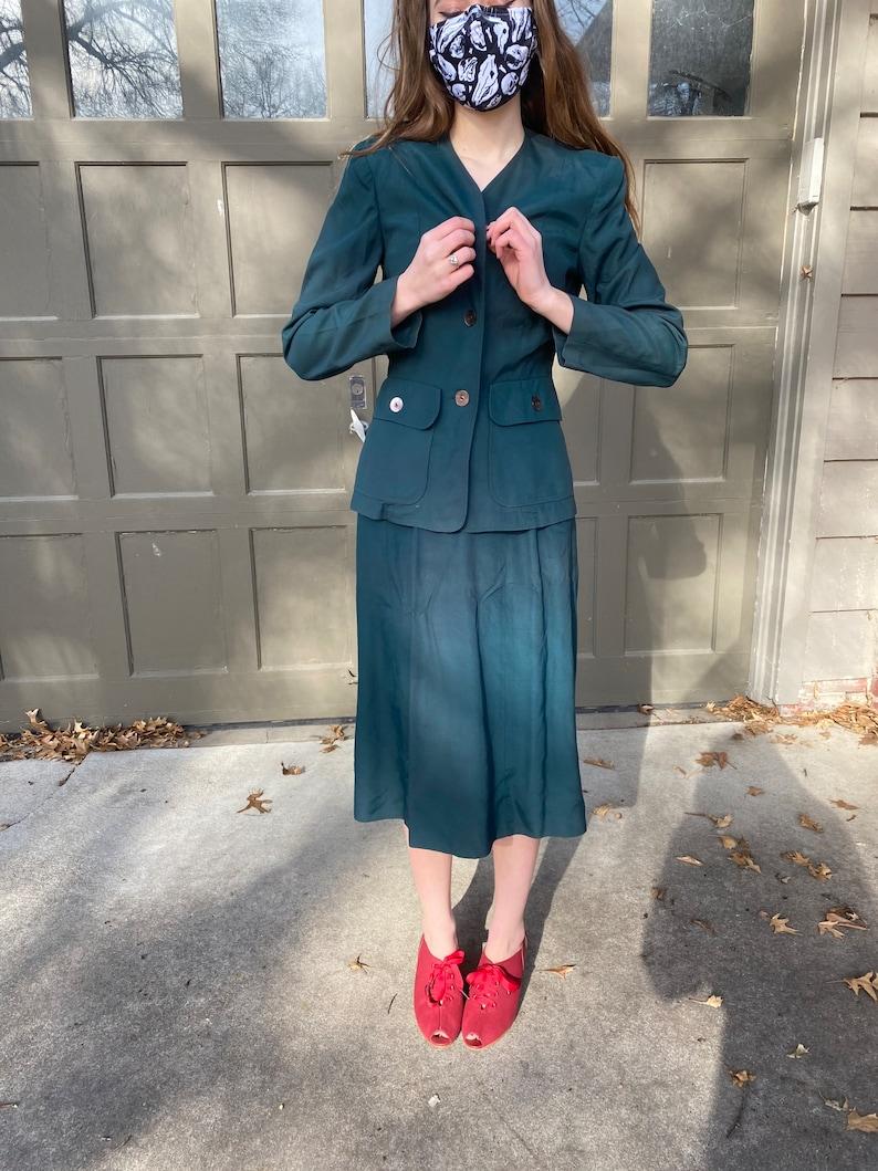 weather match by Bobbie brooks Vintage 1940\u2019s forest green blazer and skirt suit set