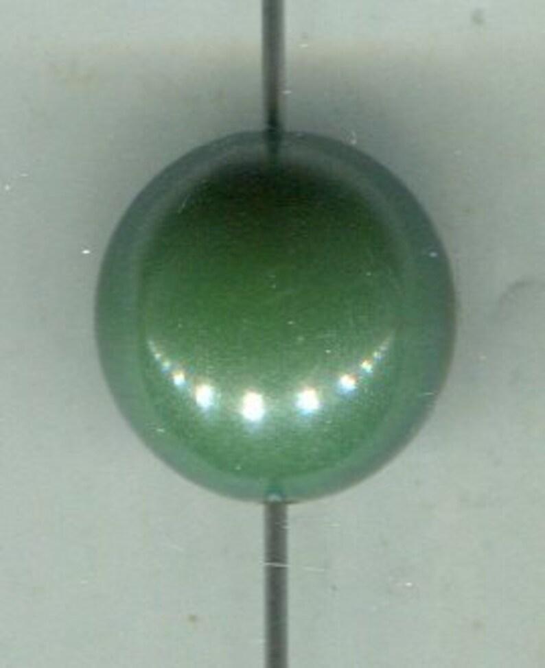 20 German 80s plastic beads dark green 16 mm
