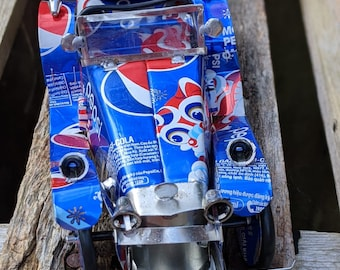 Recycled Tin Can Model: Large Pepsi Classic car (2)