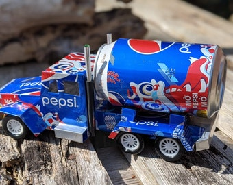 Recycled Tin Can Model: Pepsi Truck