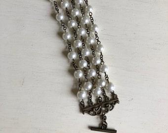 costume jewelry multi strand pearl bracelet antigue gold hardware