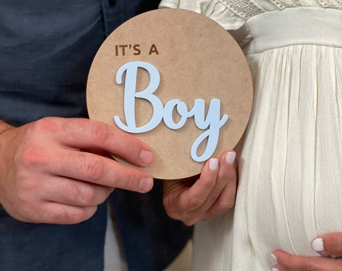 It's A Boy - It's A Girl - Baby Gender Reveal Announcement Plaque - Wooden Baby Announcement - Baby Photo Prop - Baby Announcement Sign