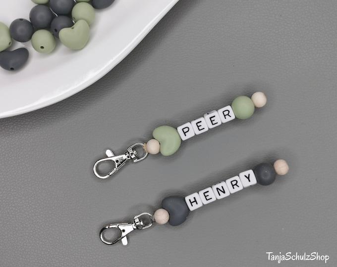 Wunderschöner Schlüssel / Anhänger mit Namen personalisiert