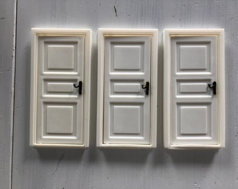 Lundby 3 doors set with frames (1:18)
