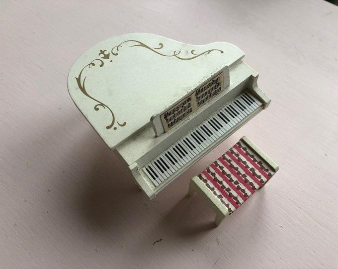 Featured listing image: Lundby piano with stool (1:18)