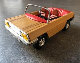 Lundby vintage wooden car (1:16)