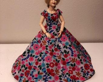 A dress for Heidi Ott doll (1:12) doll not included