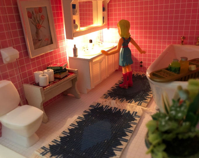Featured listing image: Lundby White Bathroom Set with Lighting (1:18)