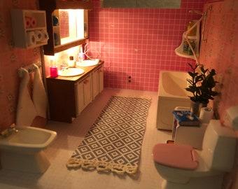 Lundby pink bath room set (1:18)