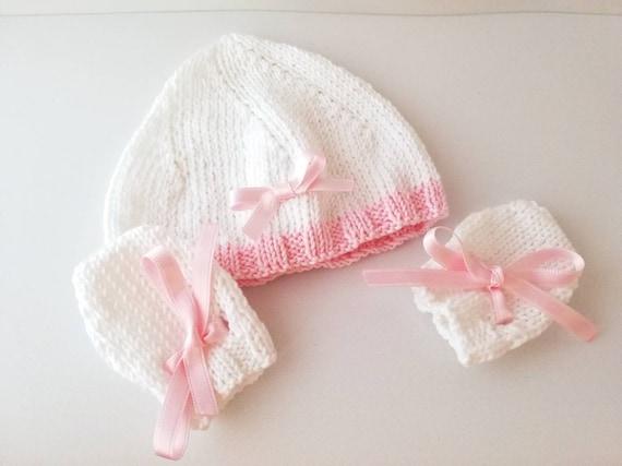 dde608d82ec1 Bonnet et moufles pour bébé prématuré en coton bio   Etsy