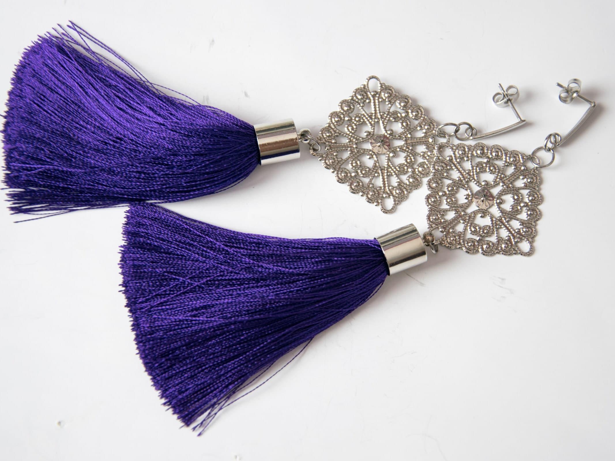 69de5bdf849a Orecchini lunghi con orecchini viola nappe acciaio lungo con
