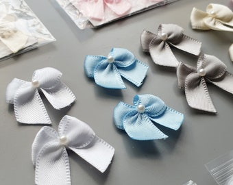 PK 10 LILAC /& WHITE SPOTTY BOW EMBELLISHMENTS FOR CARDS /& CRAFTS