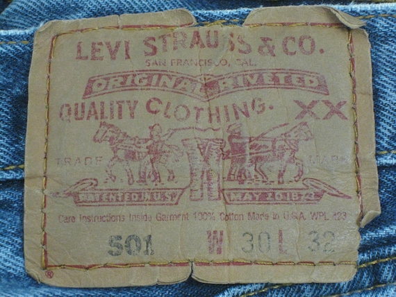 1990s LEVIS 501 Red Tab Jeans 30X32 USA Made Ligh… - image 5