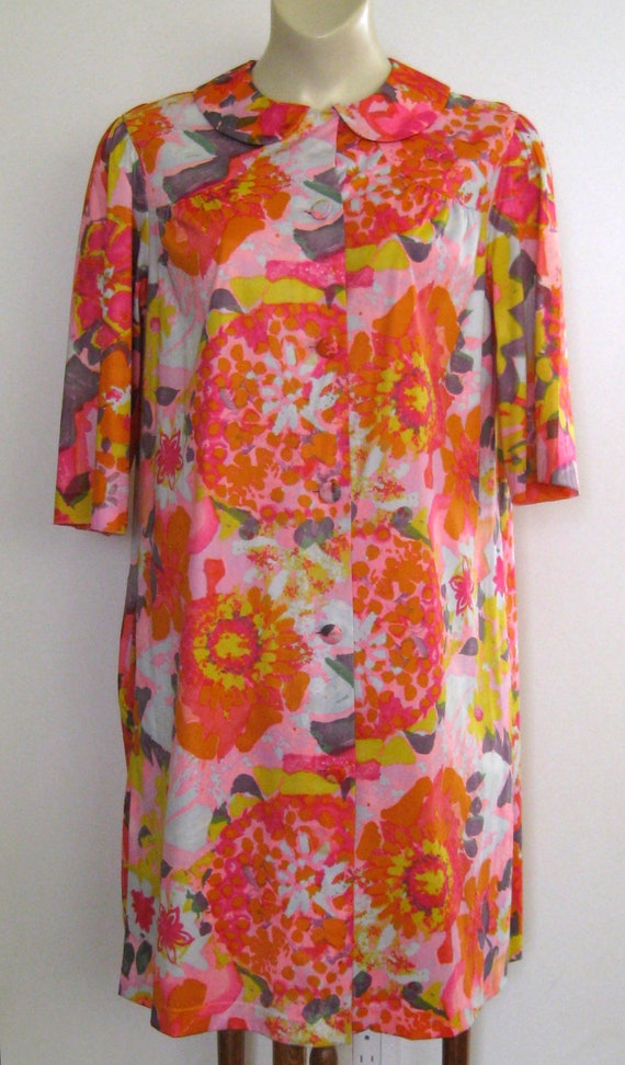 1950s Vanity Fair Housecoat Bathrobe Bright Floral