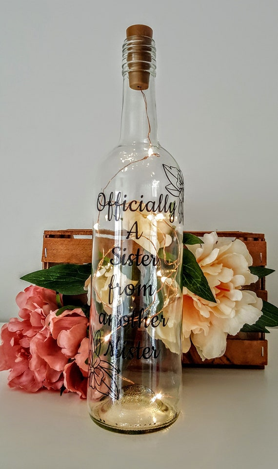 PERSONALISED ENGAGEMENT GIFT LIGHT UP BOTTLE BRIDE GROOM JUST ENGAGED PLAQUE