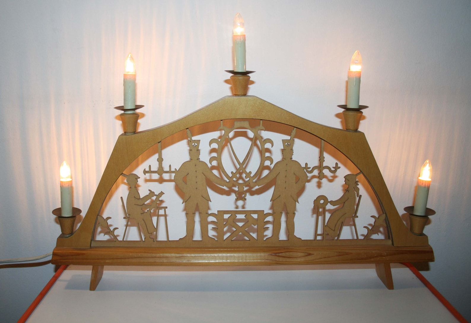 Schwibbogen Erzgebirge, large electric vintage bow, 5 candles, wood fret work, original ore, marketed on the ground