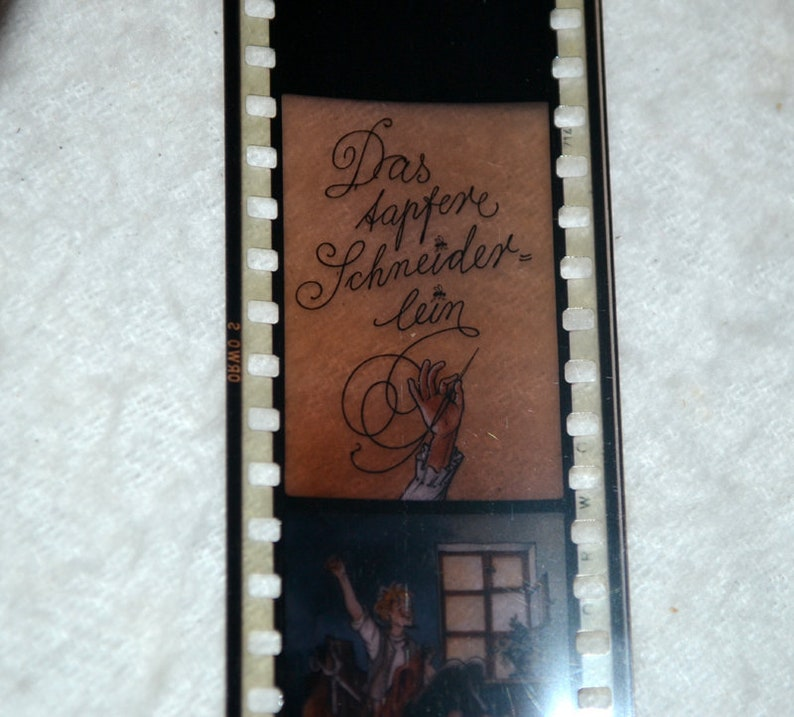 Defa Rollfilm the Brave tailor projector projector animated cartoon photo fairy tale DDR film fairy tale children cartoon Vintage