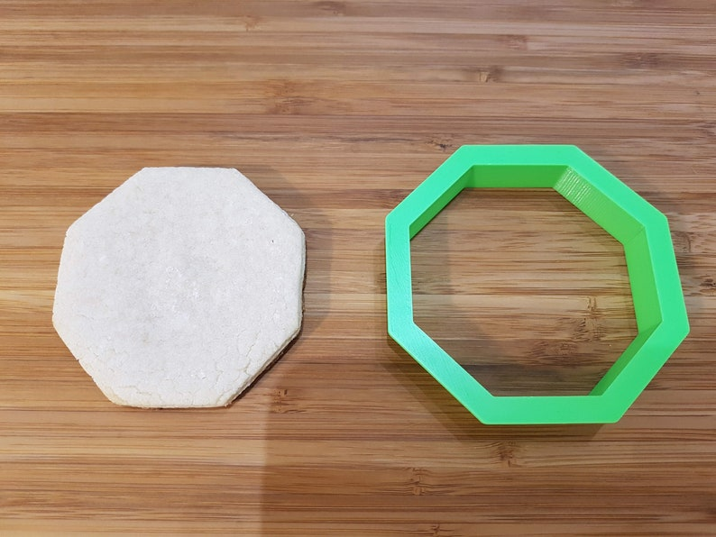 Picnic Table Cookie Cutter