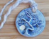 Tree of Life Ceramic Pendant Aromatherapy Necklace – Breathe oil diffuser