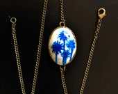 Blue Porcelain Style Charm Bracelet | Polymer Clay Pendant | Blue Onion Style Palm Trees | Zwiebelmuster Style Palm Trees