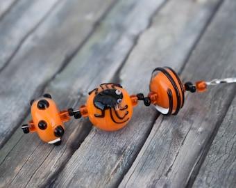 Necklace / Glass Bead Necklace / Necklace 'Glass Beads Orange / Black Halloween Spider'