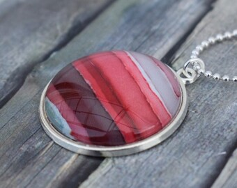 Necklace / Necklace / Medallion Necklace / Pendant Necklace 'Watercolor Red Tones Sunset'