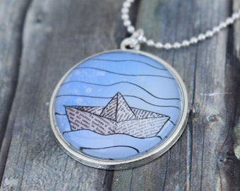 Necklace / Necklace / Medallion Necklace / Pendant Chain 'Boat / Paper Boat / Origami Boat'