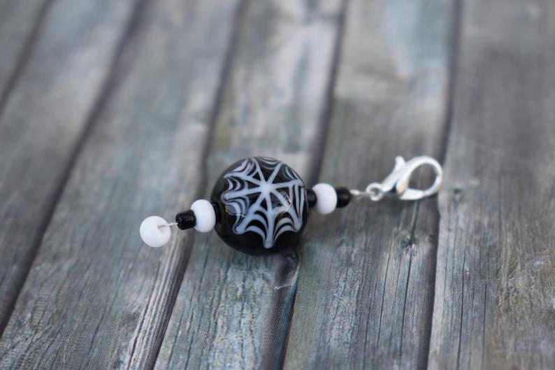 Pendant / glass bead pendant / chain pendant / jewelry pendant image 0