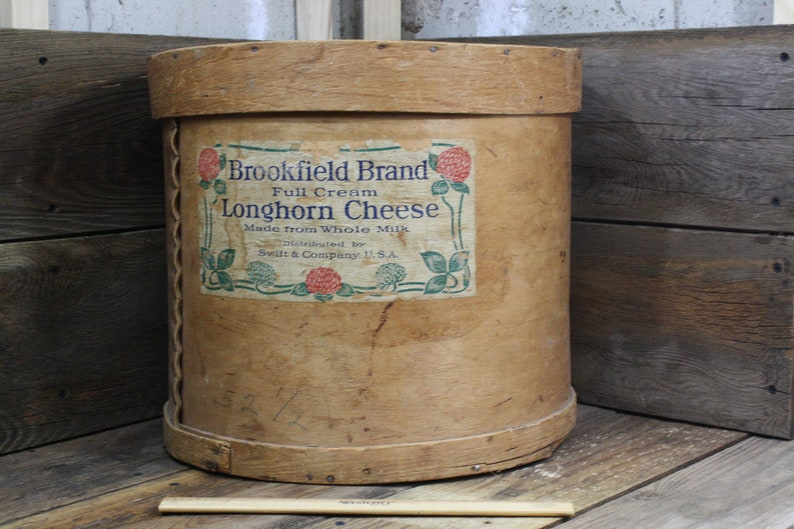 Vintage Brookfield Brand Round Cheese Block Wood Box/Swift and Company  U S A /Cake Stand /Country Store/B n B Decor/Storage Box/