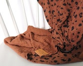 "Muslin Ring Sling ""Ava"" with Animal Print"