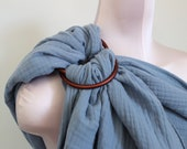 "Ring Sling Baby Carrier from Muslin ""Nysa"""