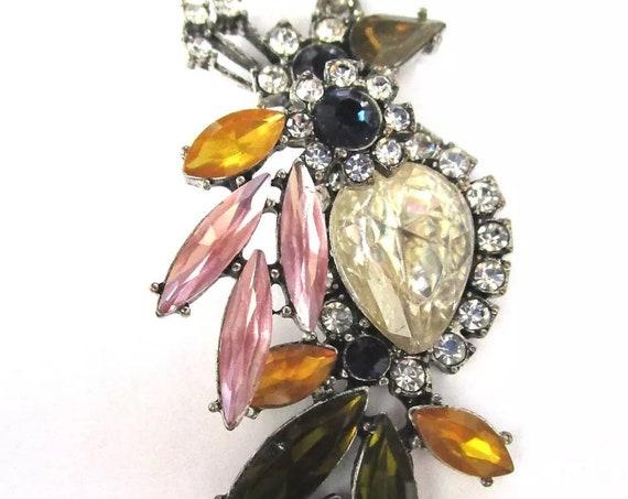 ANN TAYLOR Rainbow Crystal Rhinestone Gem Parrot Bird Pendant Necklace