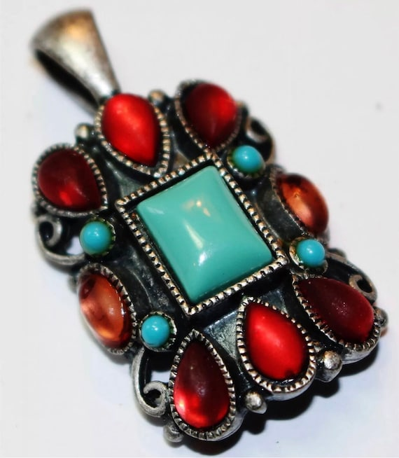 Make Your Own - a very nice Turquoise and Red Silvertone Pendant