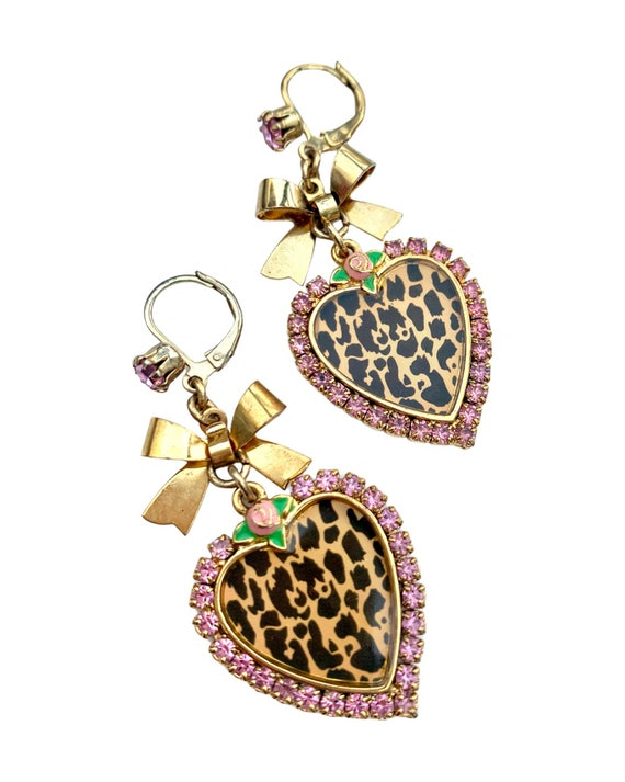 Punky Leopard Heart Dangles with Pink Rhinestones and Golden Bows, Trending Y2k Vintage 90s Girlie Statement Earrings